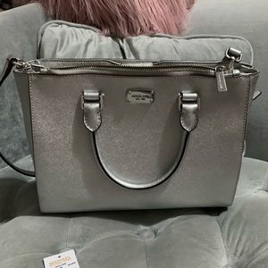 Authentic Michael kors pre own handbag